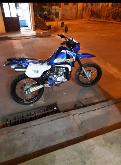 Venta de Moto Kmx 125