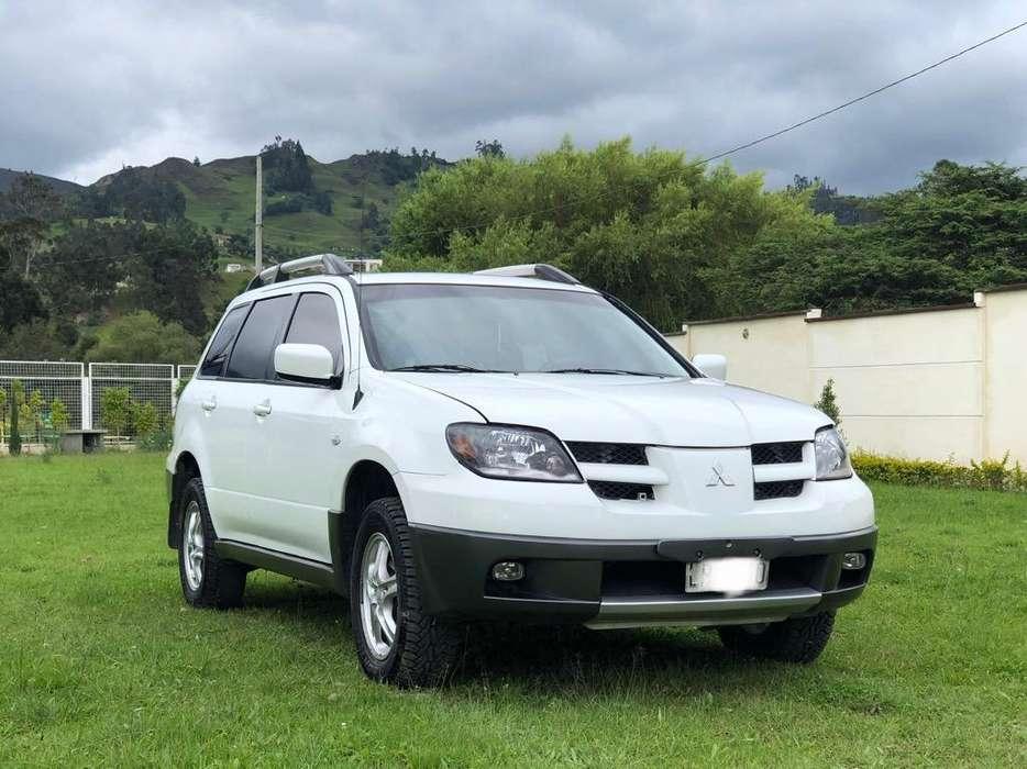 Mitsubishi Outlander 2003 - 210000 km