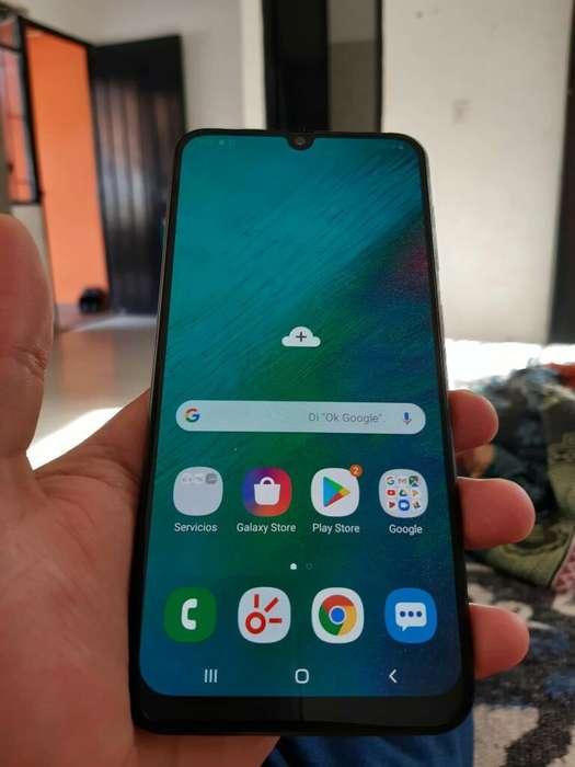 Vendo Samsung A30 G4 Gigas Solo Redes