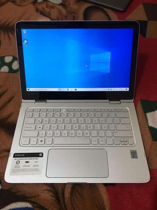 Laptop Hp I5 pantalla tactil, 5th Gen
