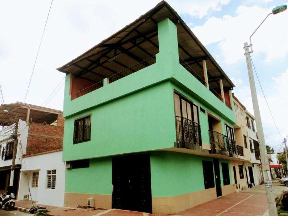Venta Casa Esquinera Barrio La Floresta (C.Q) cod.1360971
