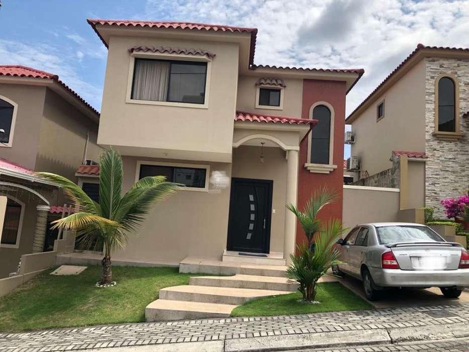 Venta Casa Urb. Portal al Sol cerca de Belo Horizonte y Portofino, Plaza Colonia, Vía a la Costa km 12, Norte Guayaquil