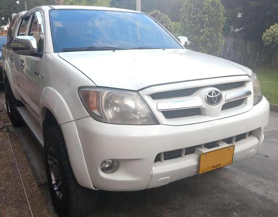 Toyota Hilux 2008 - 152000 km