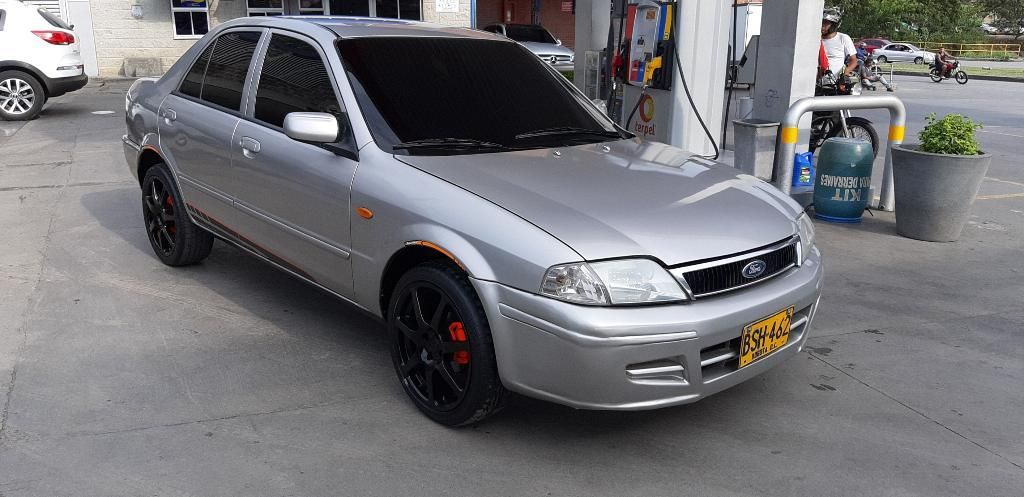 Ford Laser 2006 1.3 Full Equipo