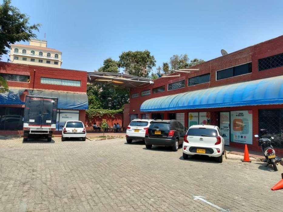 Local Comercial Frente a Gran Centro