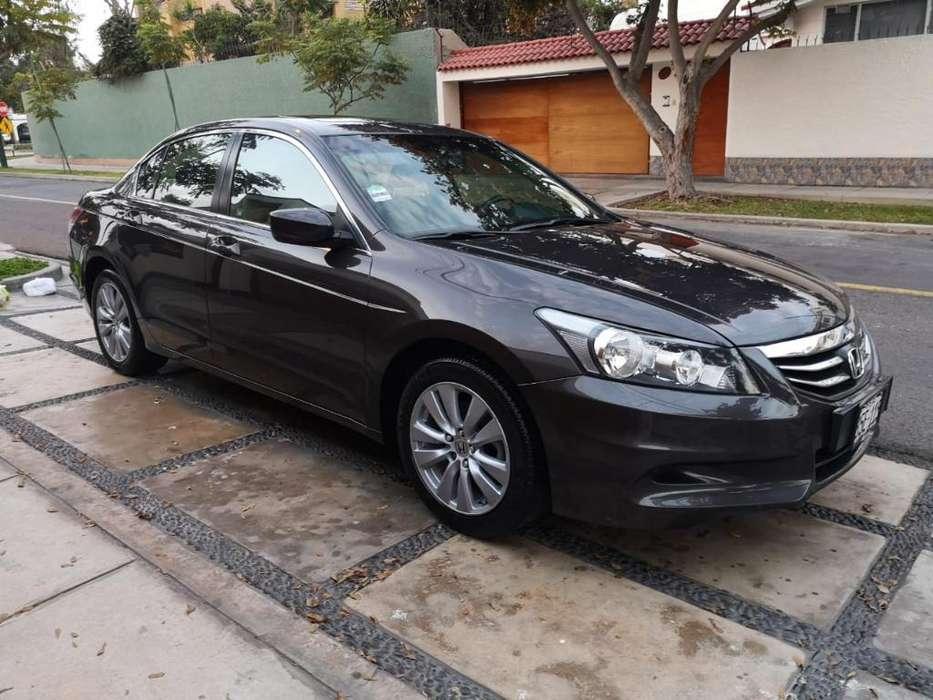 Honda Accord 2011 - 59000 km