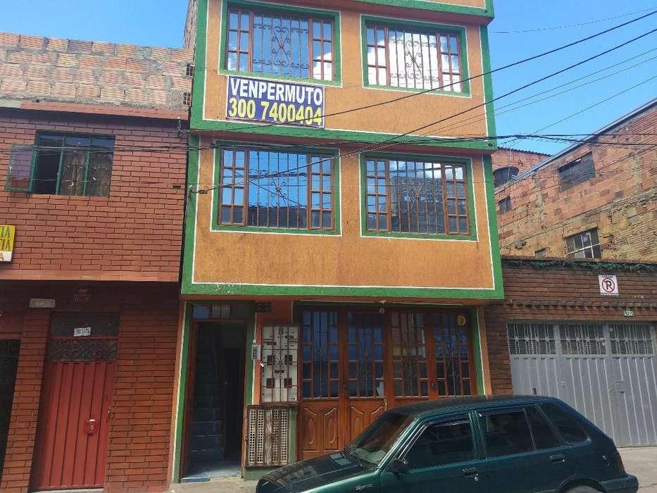 Venpermuto Casa Lucero bajo Rentable