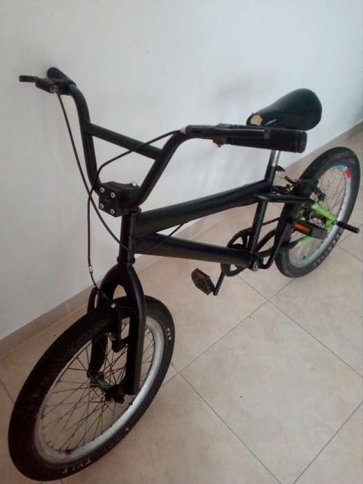 Bicicleta Gw Usada Color Negro-verde