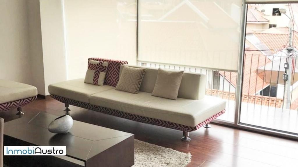 Venta de Hermoso Apartamento en Puertas del Sol. Info. 098 080 7847