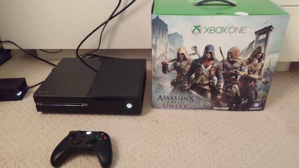 Consola Xbox ONE   6 juegos digitales