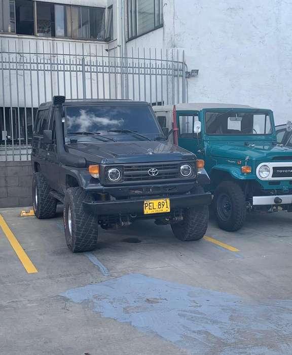 <strong>toyota</strong> Land Cruiser 1998 - 180000 km