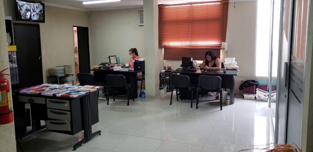 Venta de Oficina en Urdesa, Victor Emilio Estrada