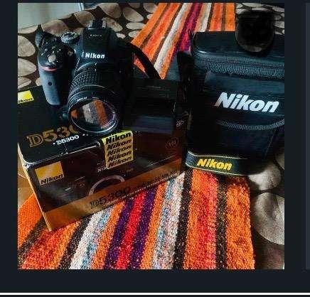 Vendo Camara Nikon D5300