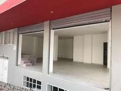 Arriendo Local Comercial Centro de Pereira  (Kra 9 con 28 - Esquina)