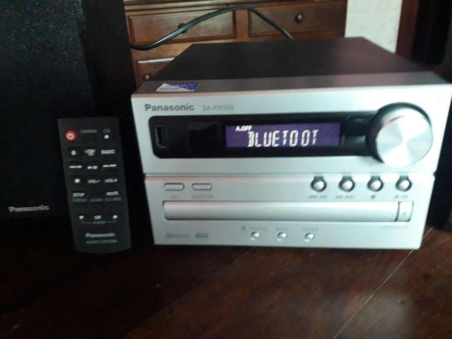 IMPECABLE EQUIPO DE MUSICA CON USB Y BLUETOOT!!!