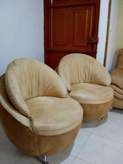 Vendo Sofá de 2 Puestos Y 2 <strong>silla</strong>s Huevo