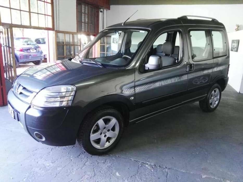 Peugeot Partner 2012 - 106000 km