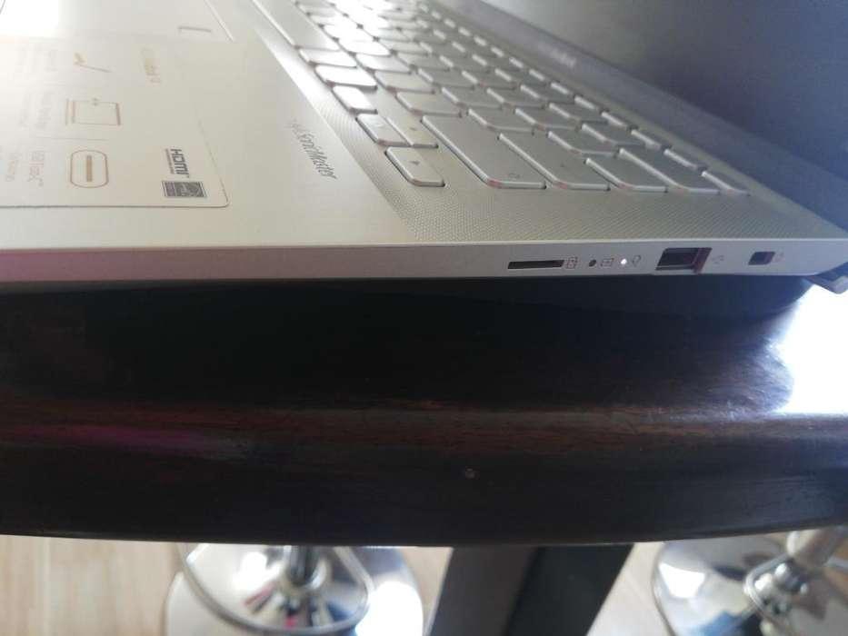 Vendo Computador Asus Vivobook14