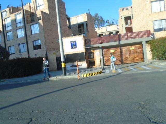 ARRIENDO DE CASA EN CLUB DE LOS LAGARTOS NOROCCIDENTE BOGOTA 675-742
