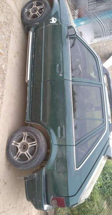 Mazda 323 1995 - 100000 km