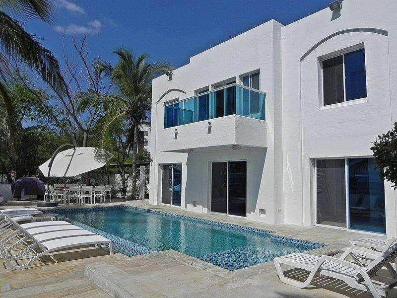 Alquilo casa con vista y salida al Mar en Santa Marta Bello Horizonte