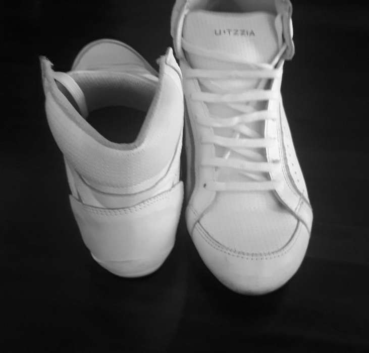 Zapatillas Utzzia