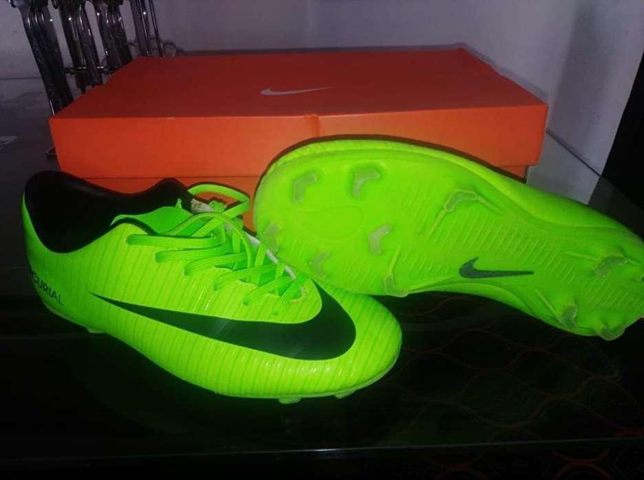 Guayos Nike Mercurial Victory