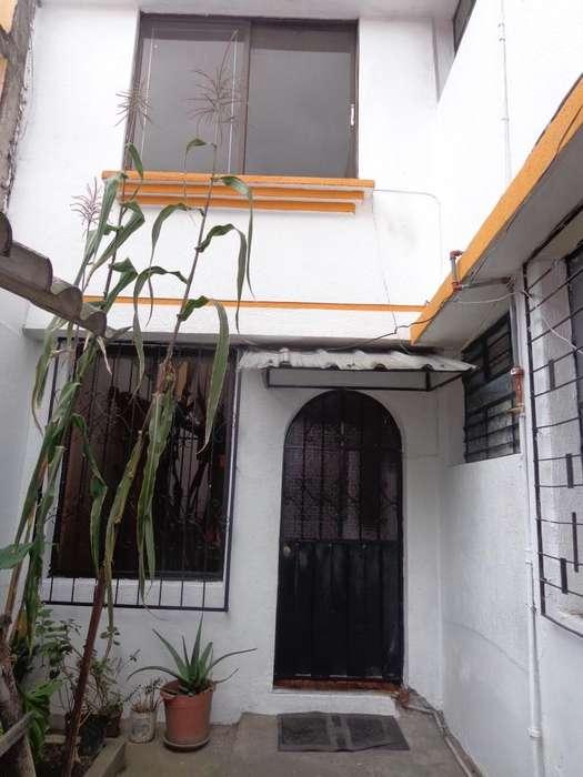 ARRIENDO CASA <strong>duplex</strong> VILLAFLORA-QUITO
