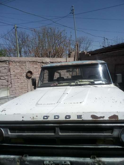 <strong>dodge</strong> Otro 1977 - 100 km