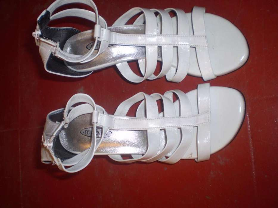 aef5f509 sandalias de vestir negras, blancas y perla tallas 35 y 38