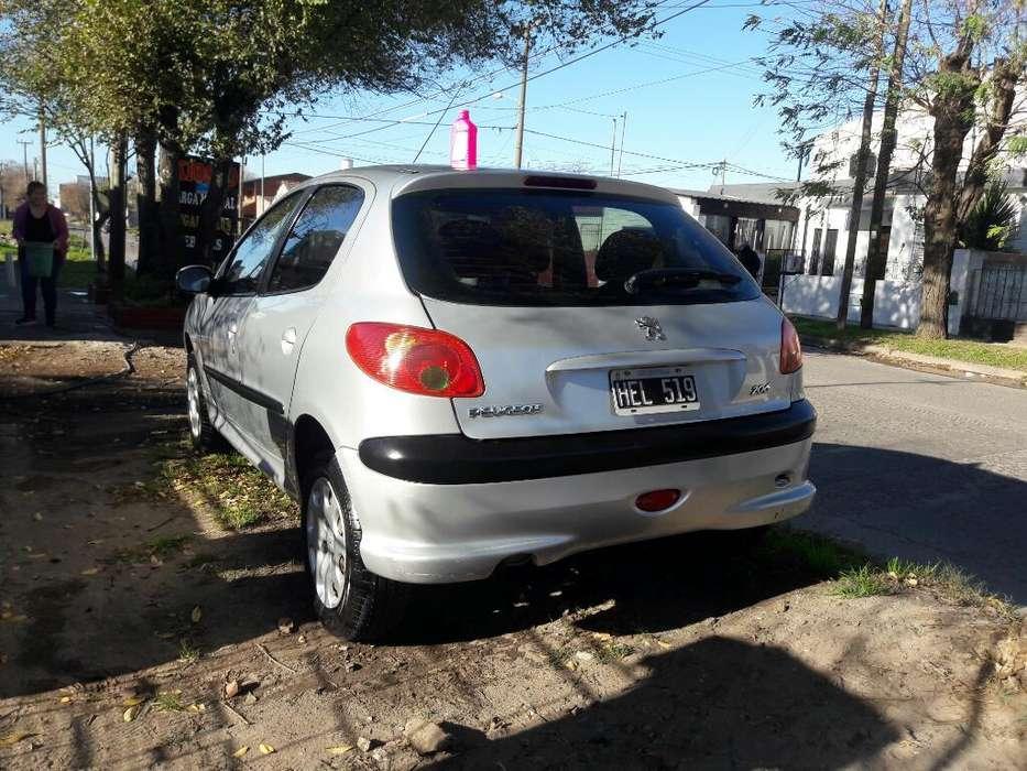 Peugeot 206 2008 - 112000 km