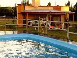 rf11 - Cabaña para 2 a 6 personas con pileta y cochera en San Rafael