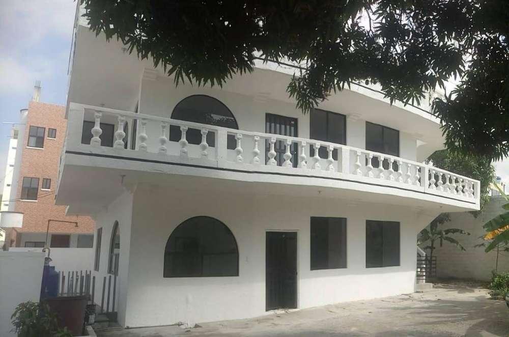 De Venta Casa en Atacames Sector Residencial, Esmeraldas