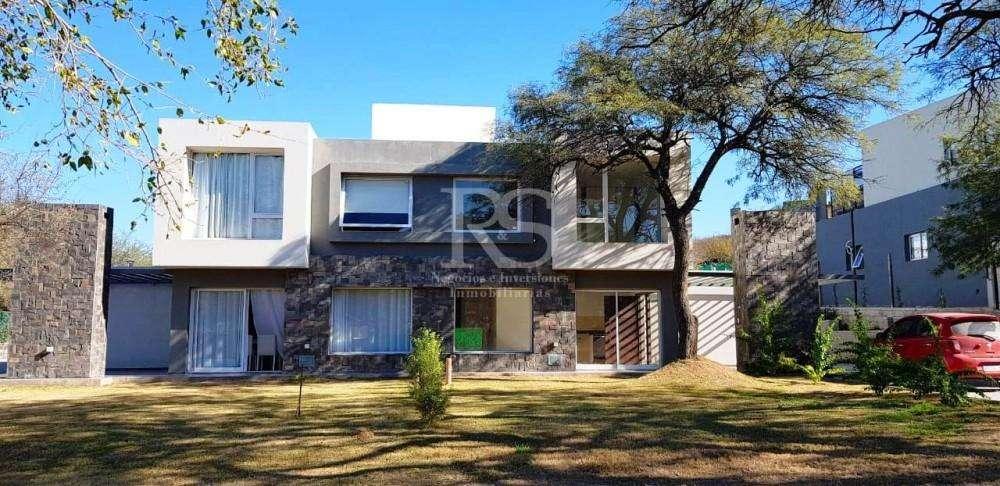Casa en venta, El Rodeo, Av. los Alamos 1200