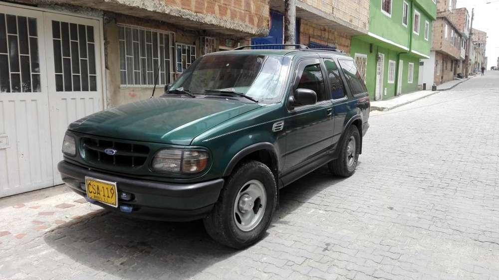 Ford Explorer 1997 - 280000 km