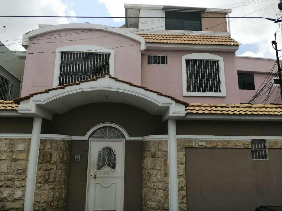 Vendo Casa en Acuarela Del Rio