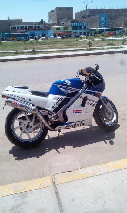 Vendo Honda Vfr 400