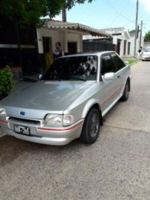 Ford Escort 1993 - 111111111 km