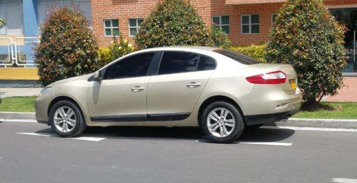 Renault Fluence 2012 - 78000 km