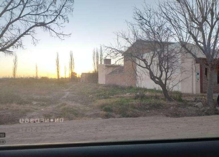 TERRENO AMPLIO DE 1170 M2 EN CALLE SALVO A 250 METROS DE CALLE CHACABUCO
