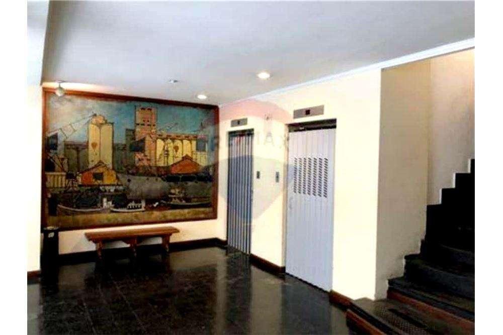 Oficina 3 Piso 3 Edificio comercial