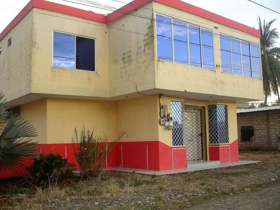 En Pacayacu/ Venta Casa/Barrio Nuevo Paraíso, 350 M2 Construidos Con Losa