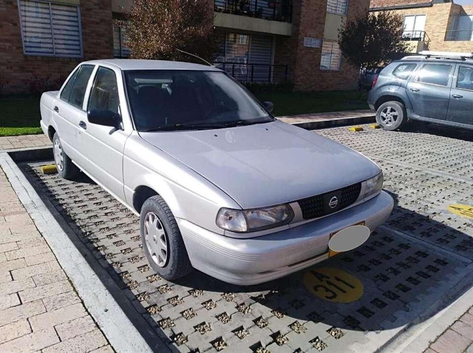 Nissan Sentra 2005 - 140000 km