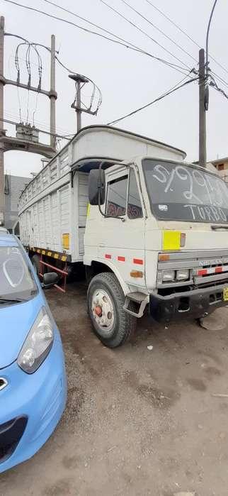 Nissan Otro 1994 - 100 km