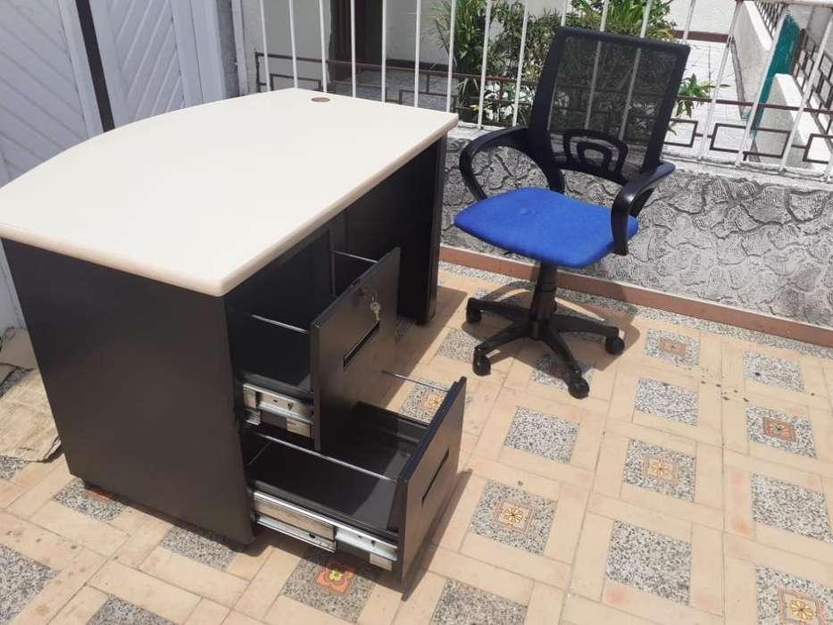 Vendo <strong>escritorio</strong> con Silla Cada1 Cuesta