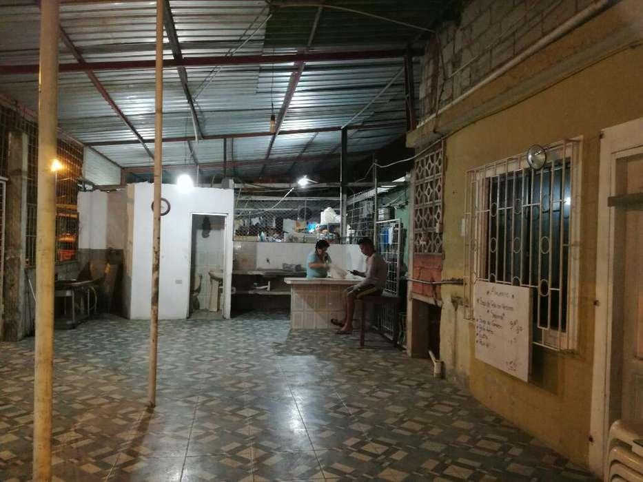 Alquiler de Local Comercial Baño Cosina