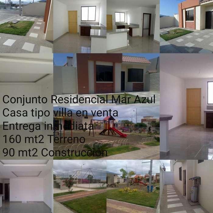 Casa en Venta tipo villa, Conjunto Residencial Mar Azul, Manta