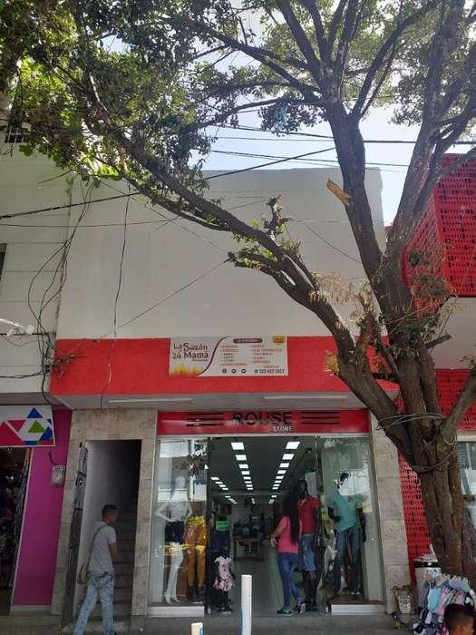 Edificio en Zona Comercial Del Mercado