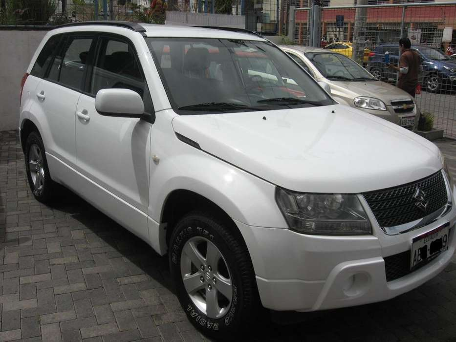 Chevrolet Grand Vitara SZ 2012 - 110000 km