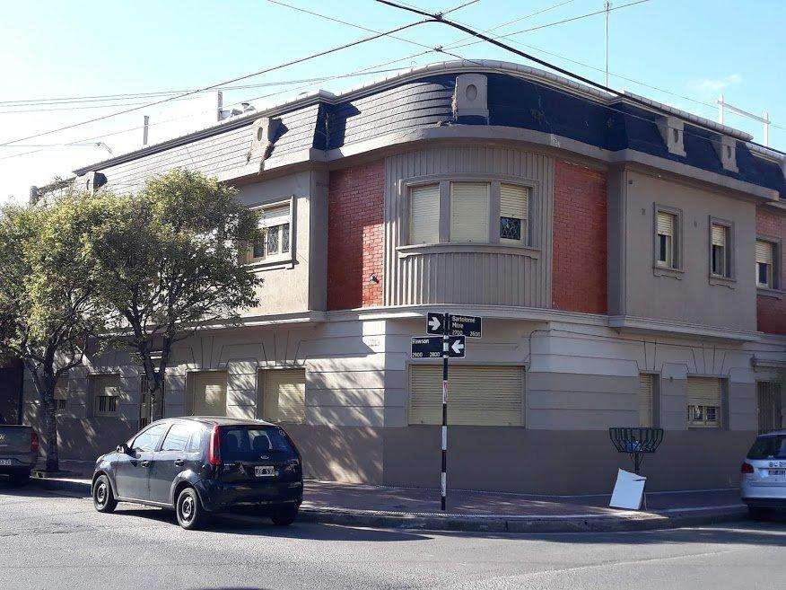 3 Ambientes Plaza Mitre / 1er piso por escalera